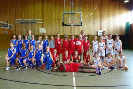 Little-Girls-Day-bei-den-U12--Basketballern-beim-SV-Mammendorf